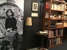 La libreria e una vecchia foto